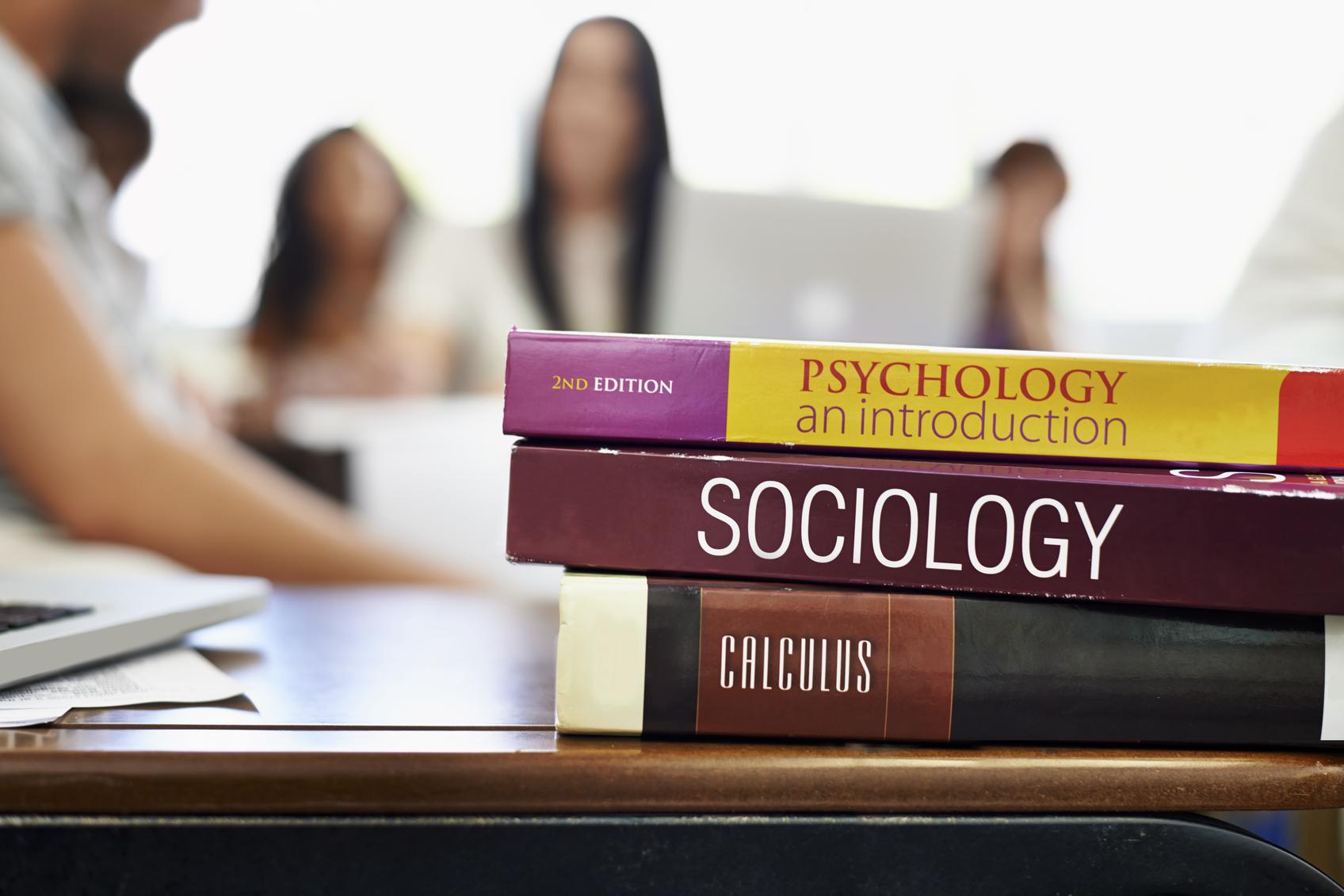 tips for saving money on college textbooks achieva life